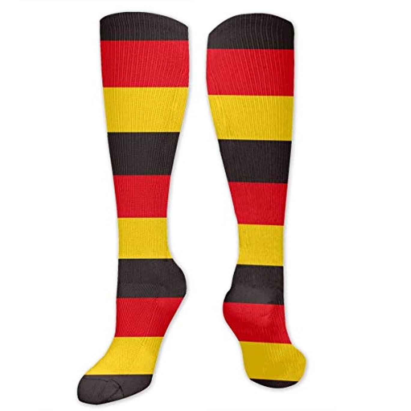応じる戦略敵意QRRIYメンズドイツフラグストラップ3 D長いクルー靴下-最高のストッキング実行/医療/運動/浮腫/糖尿病/静脈瘤/旅行/妊娠/シンスプライン