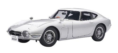 AUTOart 1/18 トヨタ 2000GT (シルバー)