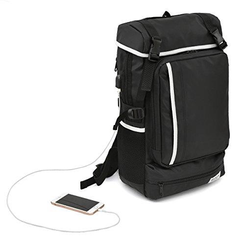 [ヘクサー]リュックサック 撥水加工ナイロン素材 USBポート付