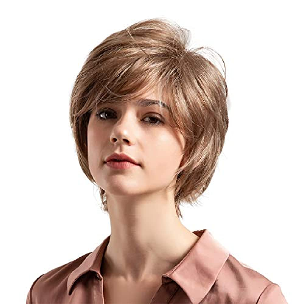 薄茶色の混合色の自然な巻き毛の短い髪の かつら