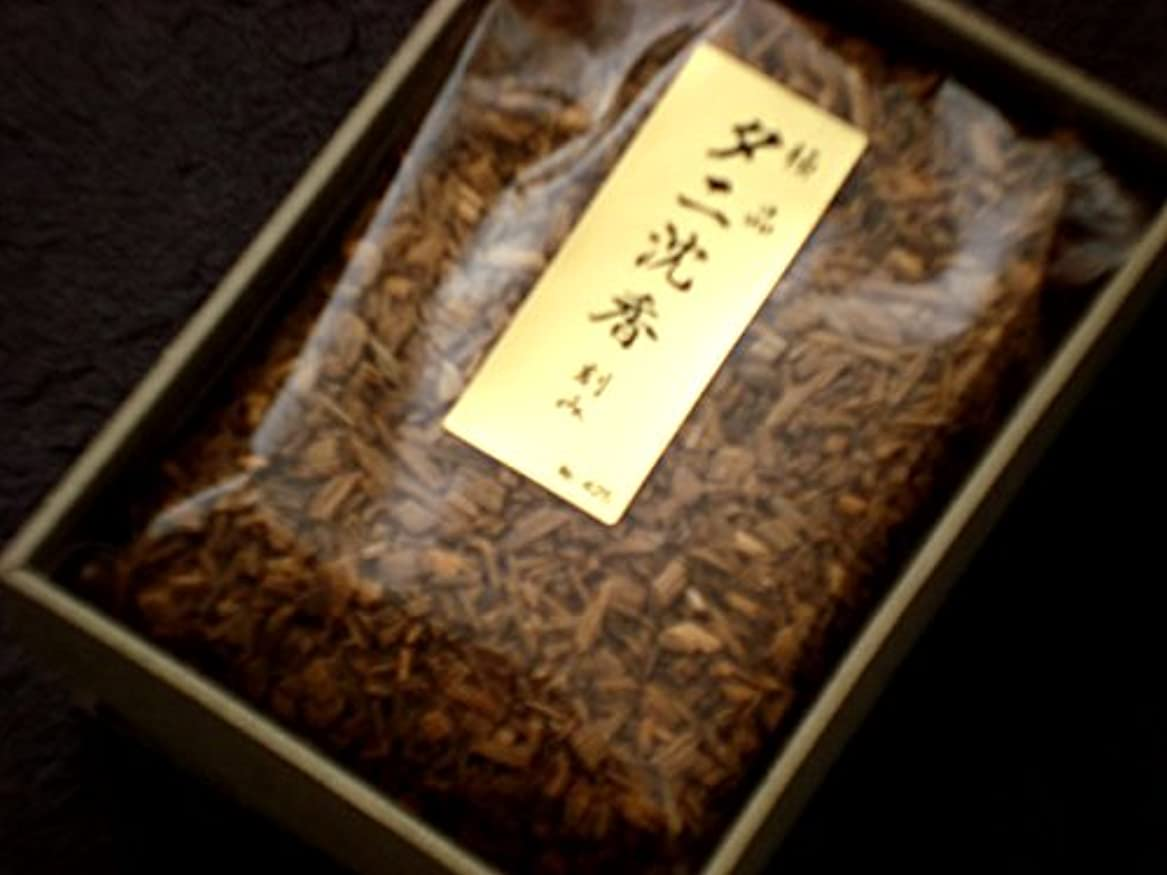 泥バンジョー嵐の香木刻み 極品タニ沈香 15g 【香木】
