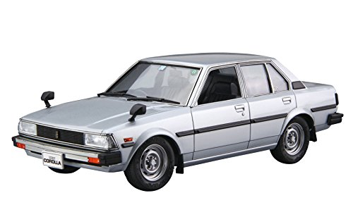 Aoshima 55243 Model Car 71 Toyota E70 Corolla Sedan Gt Dx 1981 1