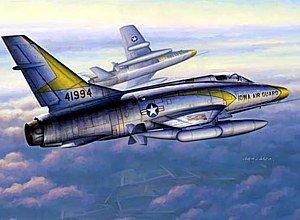 1/48 アメリカ空軍 F-100C スーパーセイバー