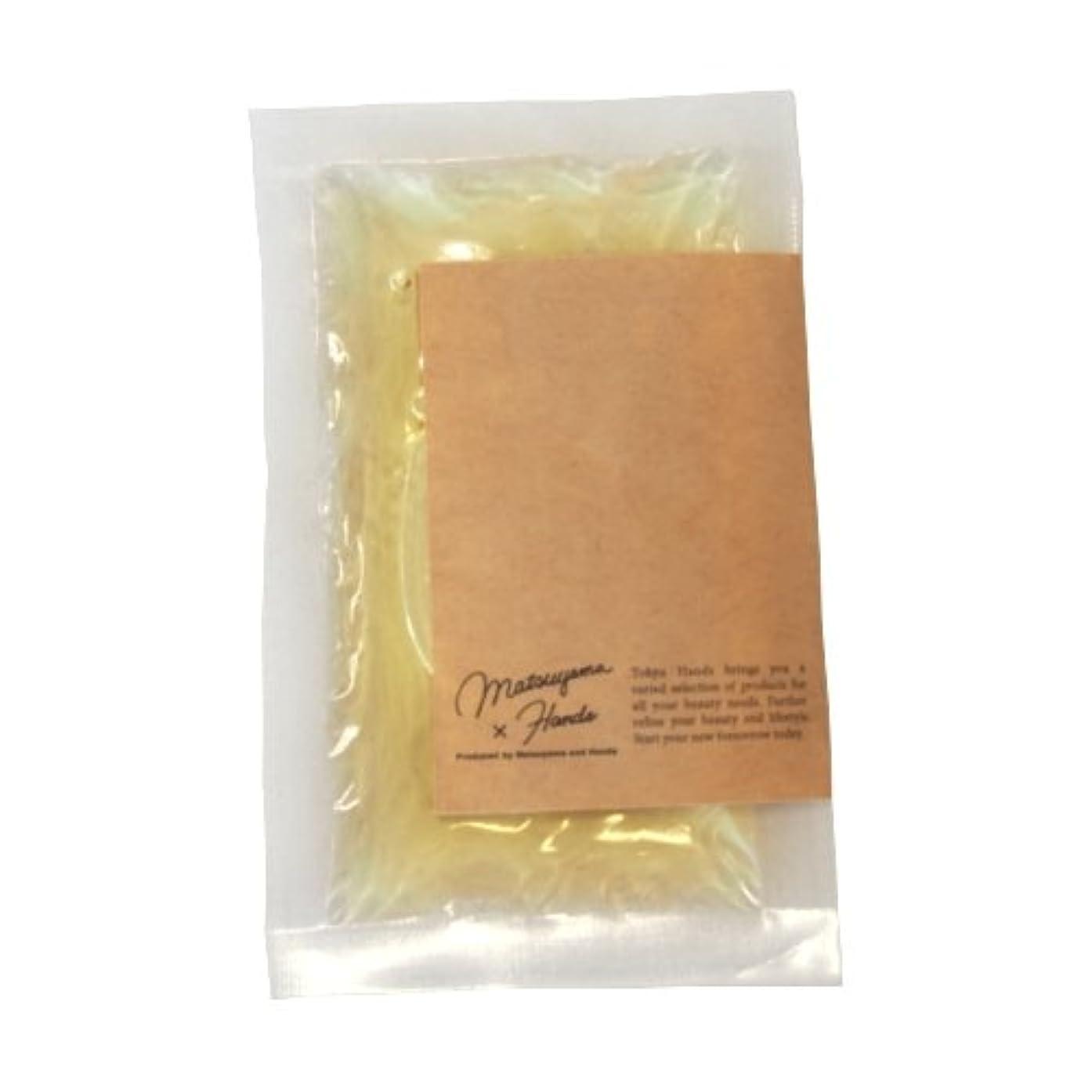 清めるタイピストブランデー松山油脂×東急ハンズ モイスチャーバスエッセンス カモミール 20mL