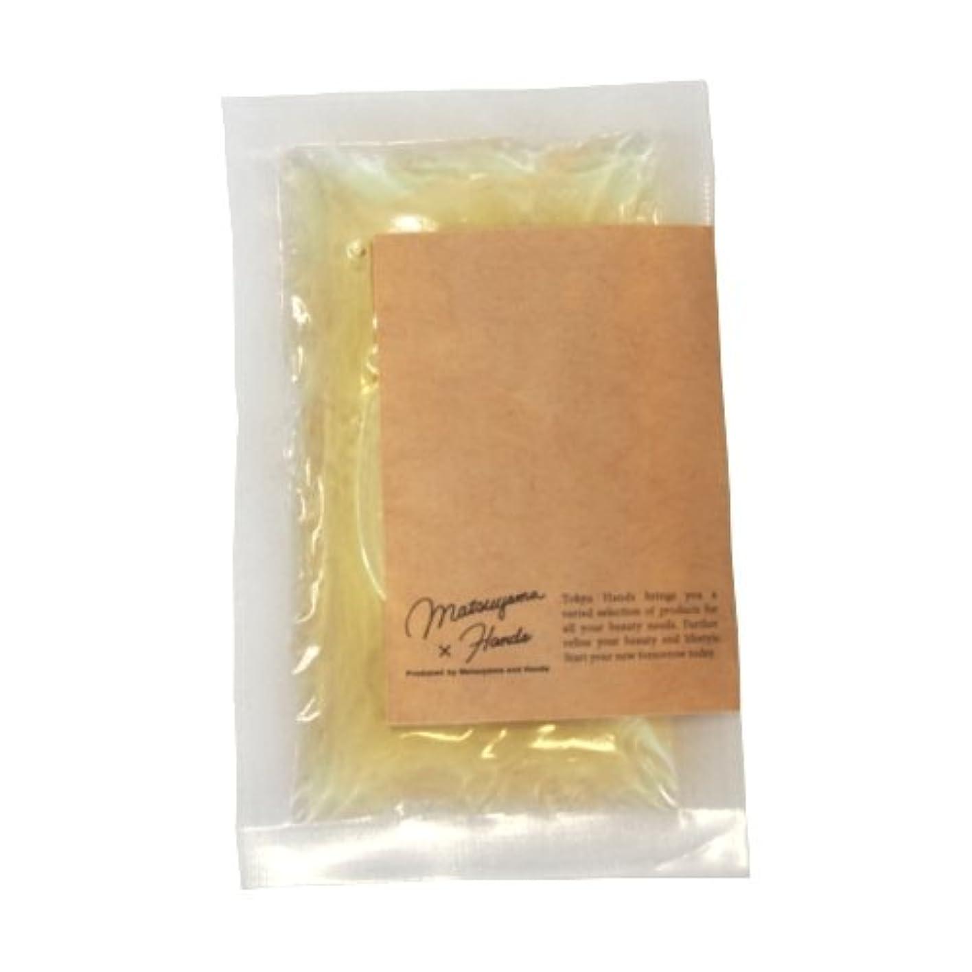 補体バターシャベル松山油脂×東急ハンズ モイスチャーバスエッセンス カモミール 20mL