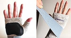 【手の痛み解消!杖 専用サポーター】右手用 Crutch Relax(クラッチ・リラックス)松葉杖のプロが作った 杖専用のサポーター! 手のひらの痛み、手首の痛み。杖を使うすべての人の痛みを解消したい。スマートクラッチ・ジャパンが開発した 日本製の手を守るサポーターです。手のひらには衝撃吸収材を縫いこみ、リストストラップが手首を調整。高級銀セラミック糸で抗菌、防臭、遠赤外線効果も! そのうえ ムレにくく、長時間使用も可能。フリーサイズ (右手用, グレー)