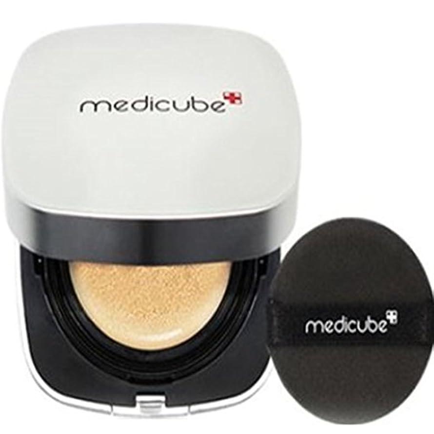 喉が渇いた緯度マイクロフォン[Medicube メディキューブ] レッドクッション - シェード23号ナチュラルベージュ / Red Cushion - Shade 23 Natural Beige [並行輸入品]