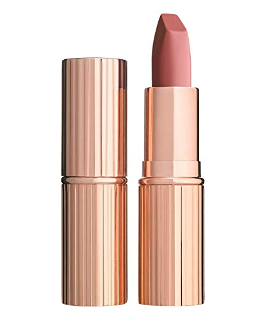 一般的な災害雄大なCharlotte Tilbury Matte Revolution Lip stick- PILLOW TALK