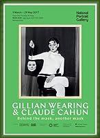 ポスター ジリアン ウェアリング Holding a Mask of My Face Exhibition 額装品 ウッドベーシックフレーム(グリーン)