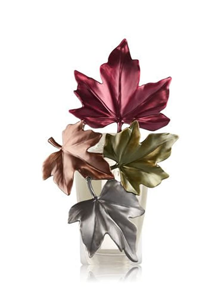 感嘆治療些細な【Bath&Body Works/バス&ボディワークス】 ルームフレグランス プラグインスターター (本体のみ) ラージフォールリーブスナイトライト Wallflowers Fragrance Large Fall Leaves...