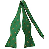 Mens Holiday Christmas Wreath Print Pattern Green Bow Tie Self Bowtie