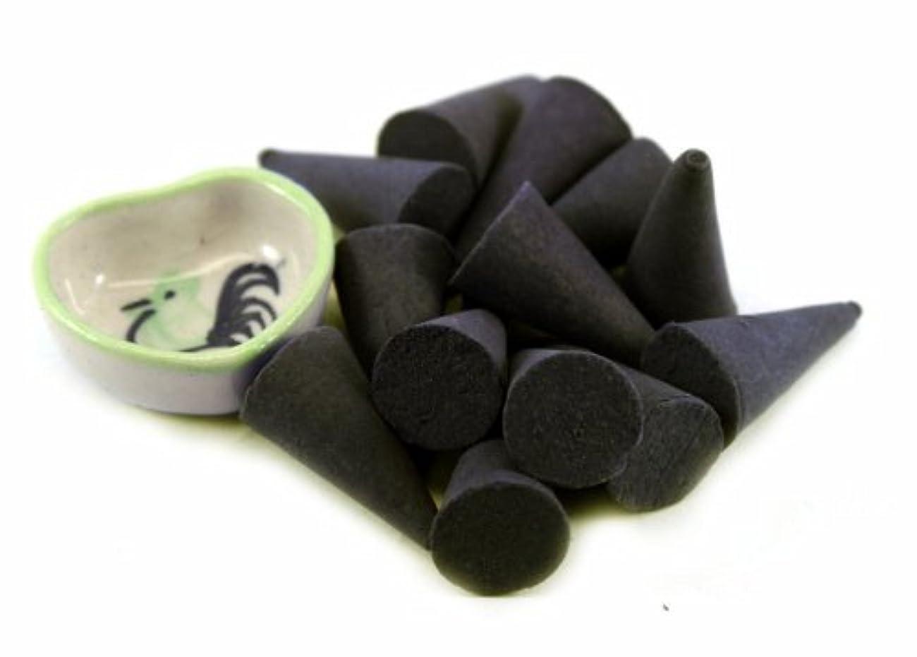 反発するヘルパー荒れ地Agarwood Incense Cones with Burnerホルダー100ピースパックThaiEnjoy製品