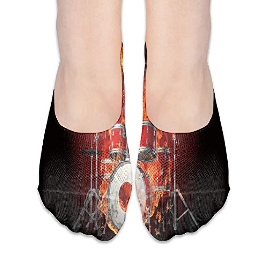 役立つ豊富な火星女性のロックンロール燃える頭蓋骨ローカットコットンボート隠し目に見えない靴下