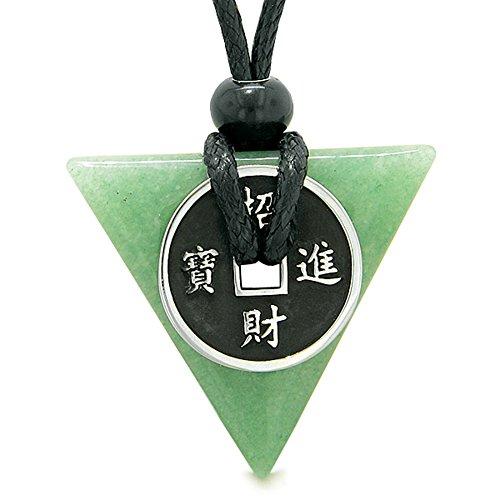 Amuletラッキーコインチャーム三角形ピラミッドPowersグリーンクォーツSpiritual Good Luckエネルギーペンダントネッ...