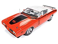 Auto World AMM1148 American Muscle 1971 Dodge Charger R/T 1:18 スケール ダイキャストレプリカ