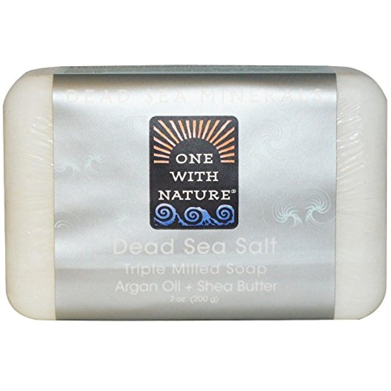 皮引数まつげOne With Nature - 死海死海の泥を活性化させるミネラル棒石鹸 - 7ポンド [並行輸入品]