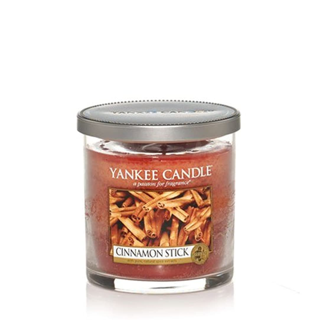 襲撃曖昧な肉Yankee Candle グラスキャンドル シナモンスティック 単芯 フード&スパイスの香り