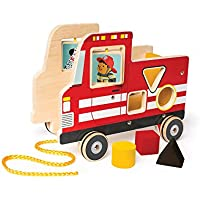 ManhattanおもちゃFire Truck Wooden Pull Alongアクティビティおもちゃと形状ソーターfor Ages 1年とUp