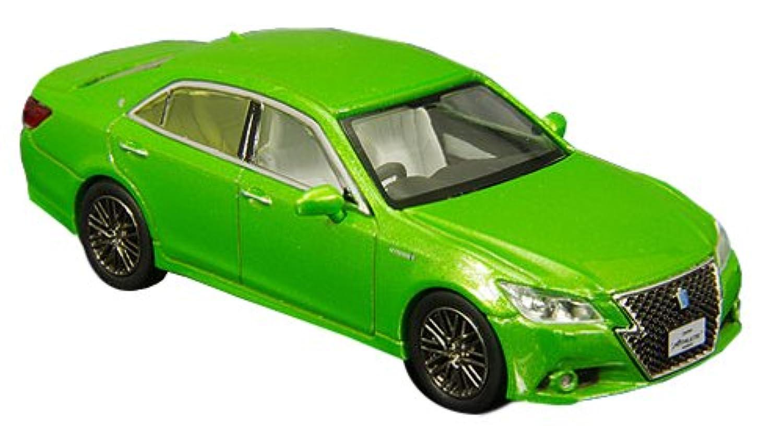 ENIF 1/64 トヨタ クラウン アスリート S 2015 若草色 完成品