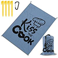 コックにキス レジャー旅行シートピクニックマット防水145×200センチ折りたたみキャンプマット毛布オーニングテントライトと収納が簡単ポータブル巾着