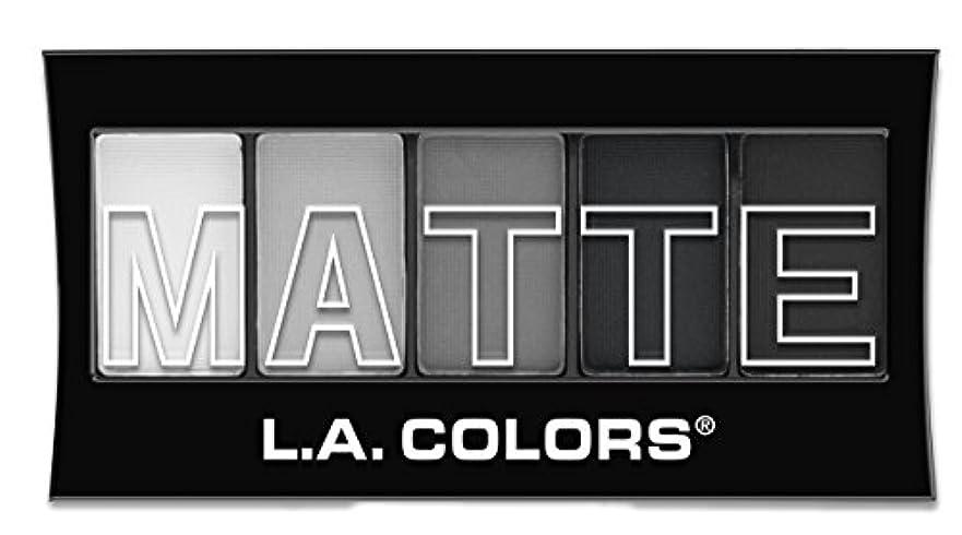 隠滅多誇りに思うL.A. Colors Matte Eyeshadow Black Lace (並行輸入品)