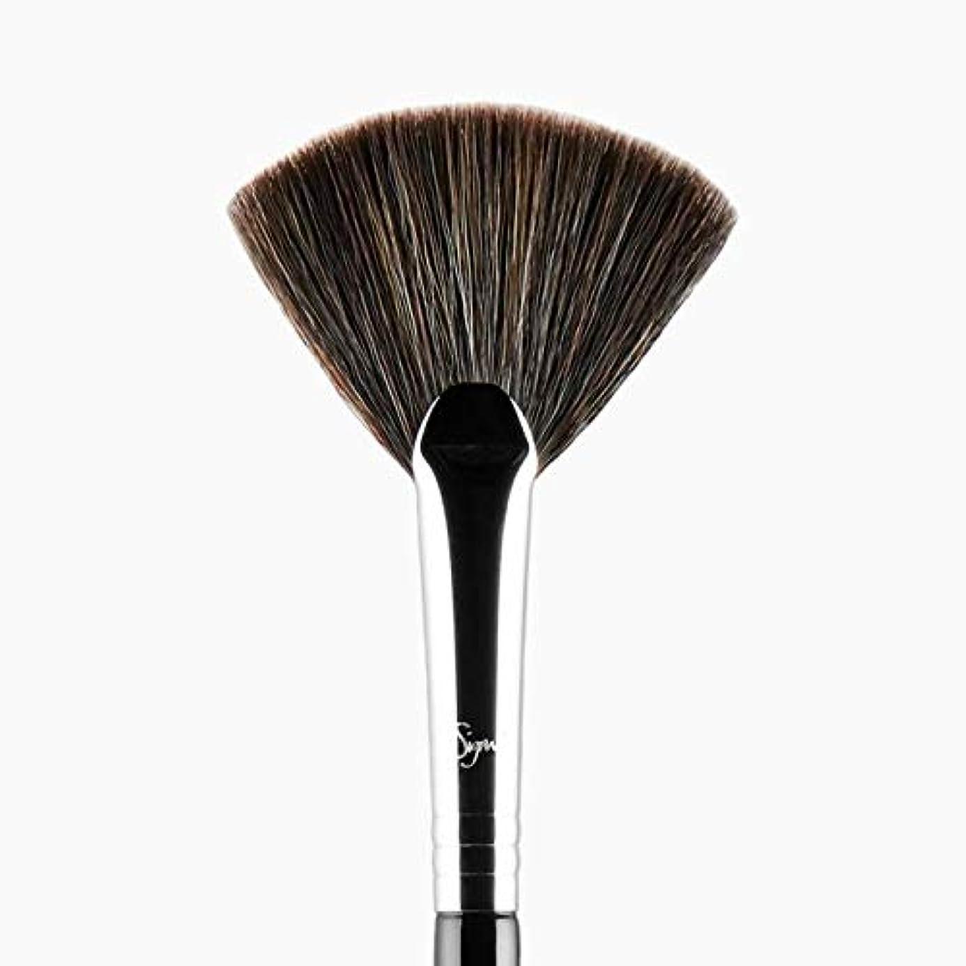 プロテスタント仲良し朝Sigma Beauty F42 Strobing Fan Brush -並行輸入品