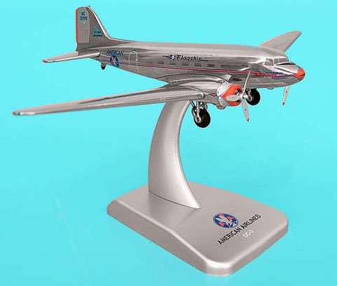 1: 200 ホーガンウィングス アメリカン 航空 DC-3 Die-Cast Metal, Reg. NC21798 (並行輸入)