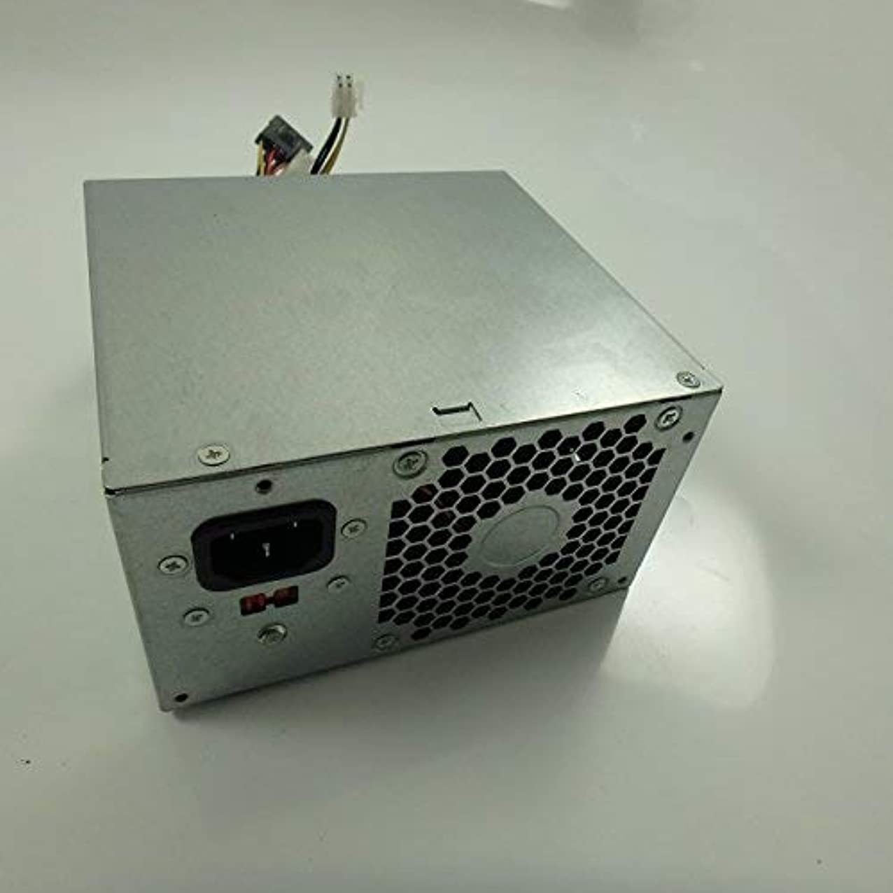 立場世界の窓前提条件HP Genuine Bestec FH-XD301MYR-1 300W Replacement Part 667893-001 Power Supply [並行輸入品]