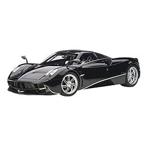 AUTOart 1/12 パガーニ ウアイラ ブラック/シルバー・ストライプ