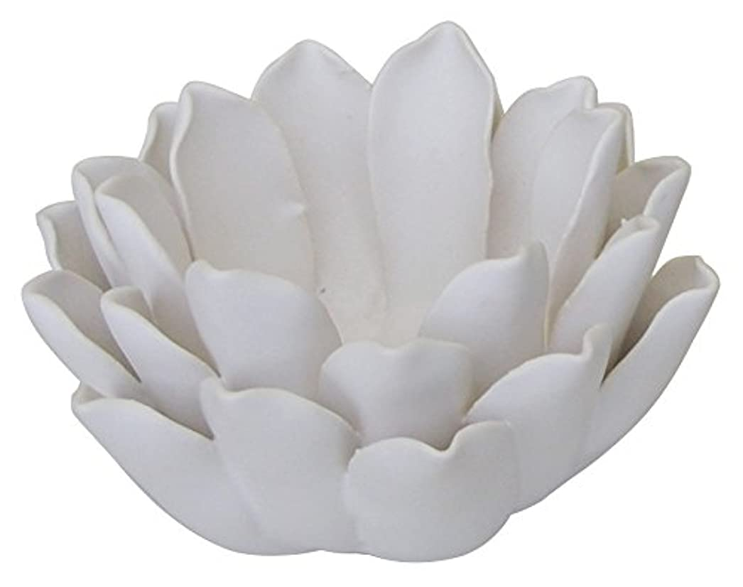 同一性怪物廃止するマルエス 燭台 陶器製 ロータス 小 ホワイト