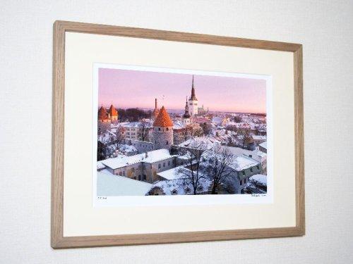 《インテリアート》トーンペアより雪のタリン市街(撮影地:タリン/エストニア)