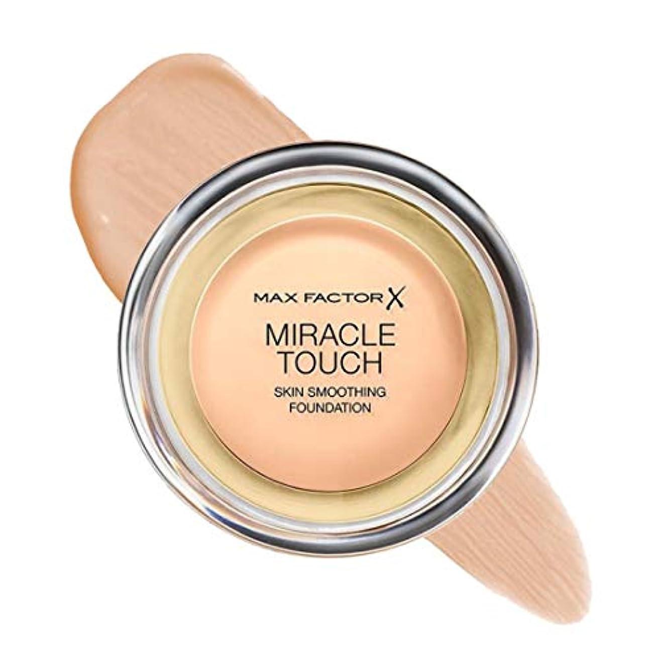 集める逆に卒業マックス ファクター ミラクル タッチ スキン スムーズ ファウンデーション - ナチュラル Max Factor Miracle Touch Skin Smoothing Foundation - Natural 070 [並行輸入品]
