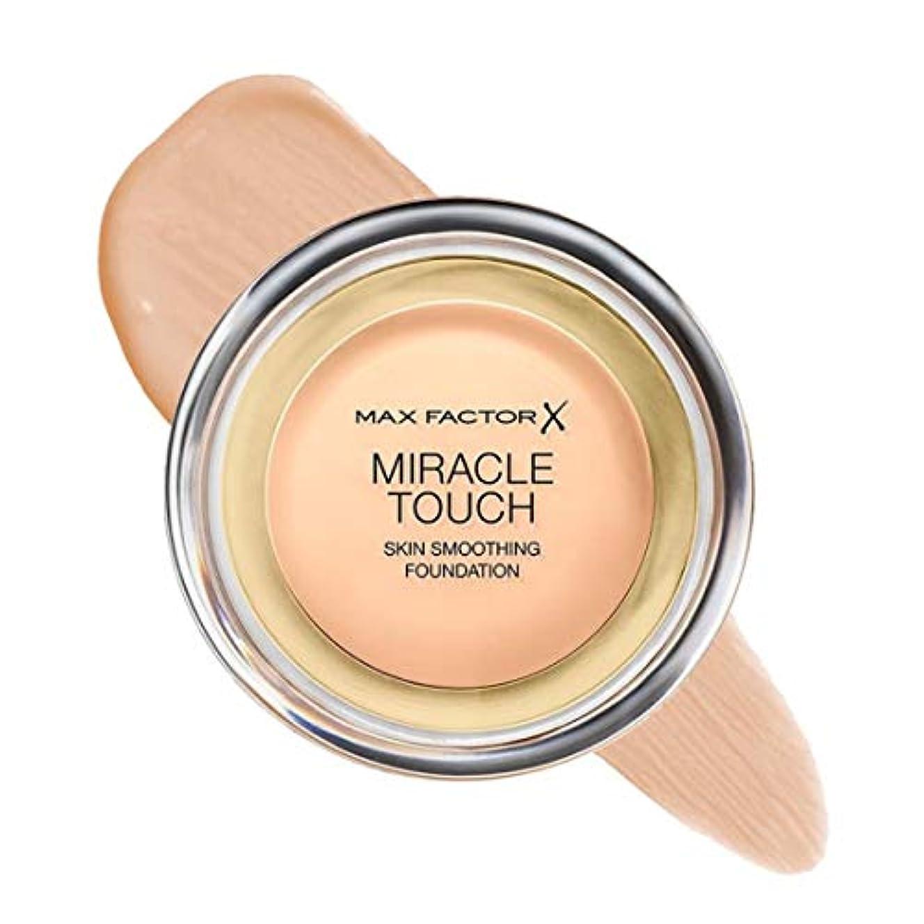 荒らす論理的に法的マックス ファクター ミラクル タッチ スキン スムーズ ファウンデーション - ナチュラル Max Factor Miracle Touch Skin Smoothing Foundation - Natural 070...