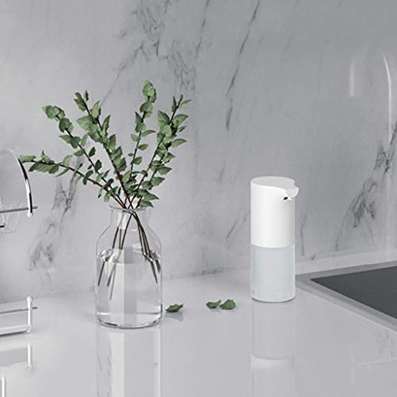 笑マイル大事にする赤外線センサー泡手消毒剤320ミリリットル環境保護素材石鹸ボトルキッチンバスルームローション(色:白、サイズ:19 * 9.8 * 7.3 cm) (Color : White, Size : 19*9.8*7.3cm)