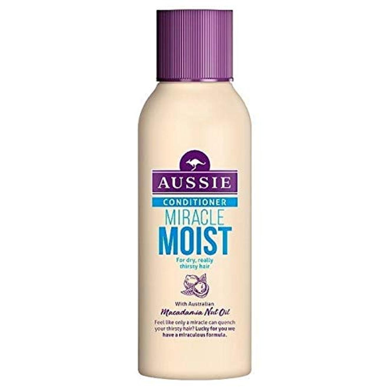 [Aussie ] 乾いた、のどが渇い毛90ミリリットルのためのオーストラリアの奇跡しっとりコンディショナー - Aussie Miracle Moist Conditioner For Dry, Thirsty Hair...