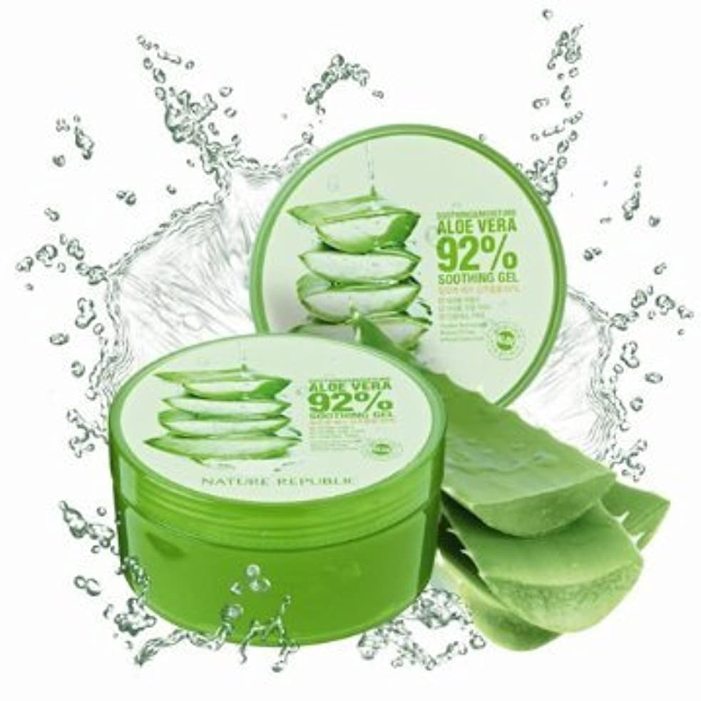 自殺耐えられる動Nature Republic Soothing& Moisture ALOE VERA 92%GEL (300ml)