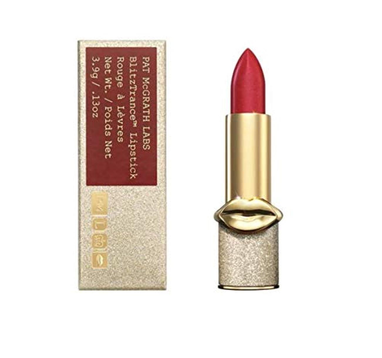 スキッパー違うしっとりPAT MCGRATH LABS BlitzTrance™ Lipstick (Blood Rush)