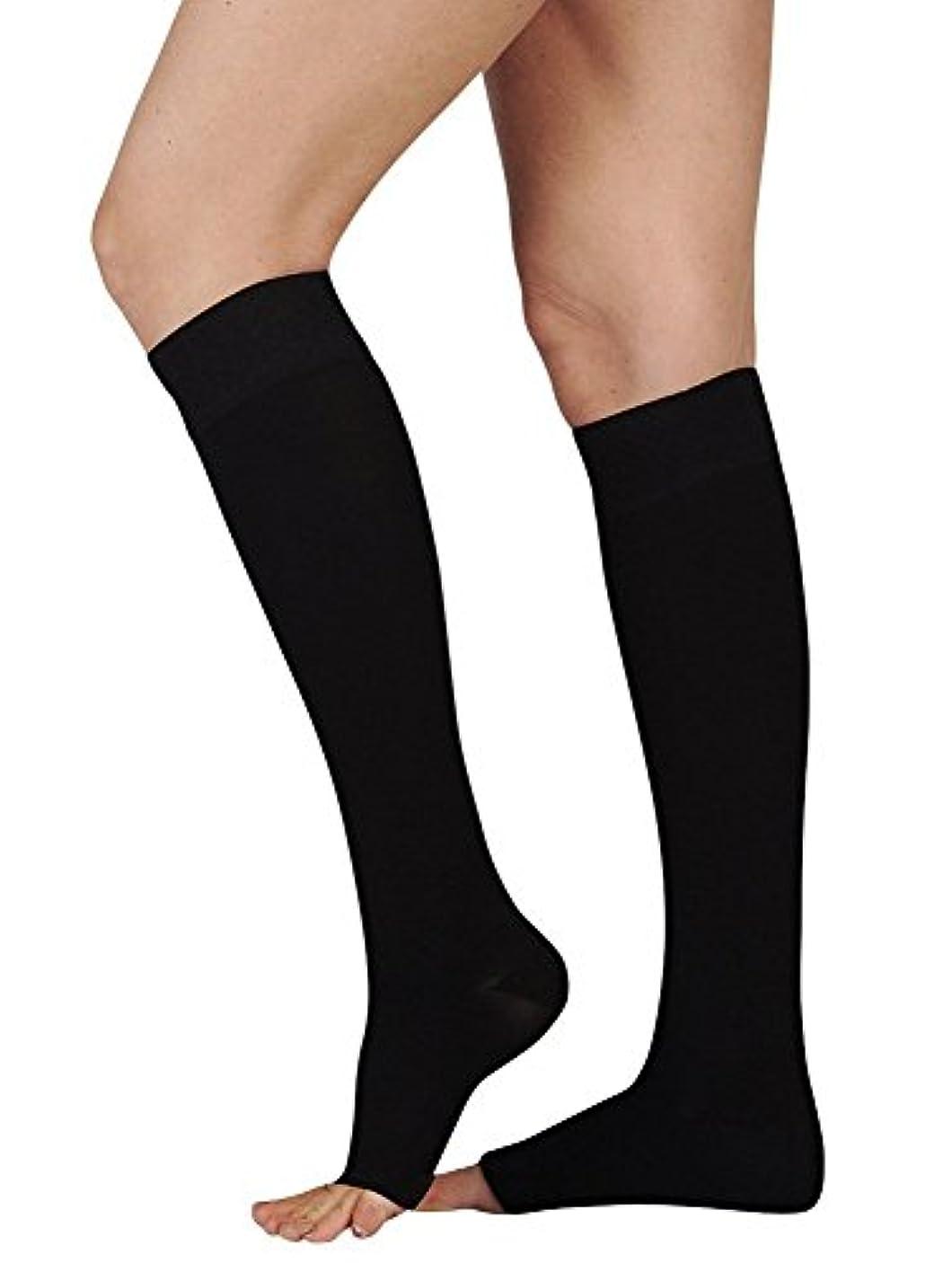 パフ行き当たりばったりお酒Juzo Soft Knee High With Silicone Dot Band 20-30mmHg Closed Toe, III, Black by Juzo
