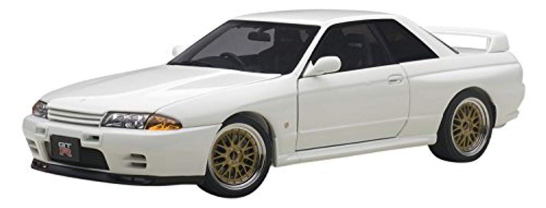 AUTOart 1/18 日産 スカイライン GT-R (R32) V-Spec II チューンド?バージョン ホワイト 完成品