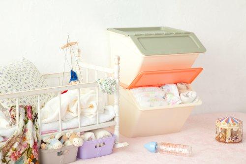 フタを開けたまま固定できる!食品を入れても安全な素材の収納ボックス