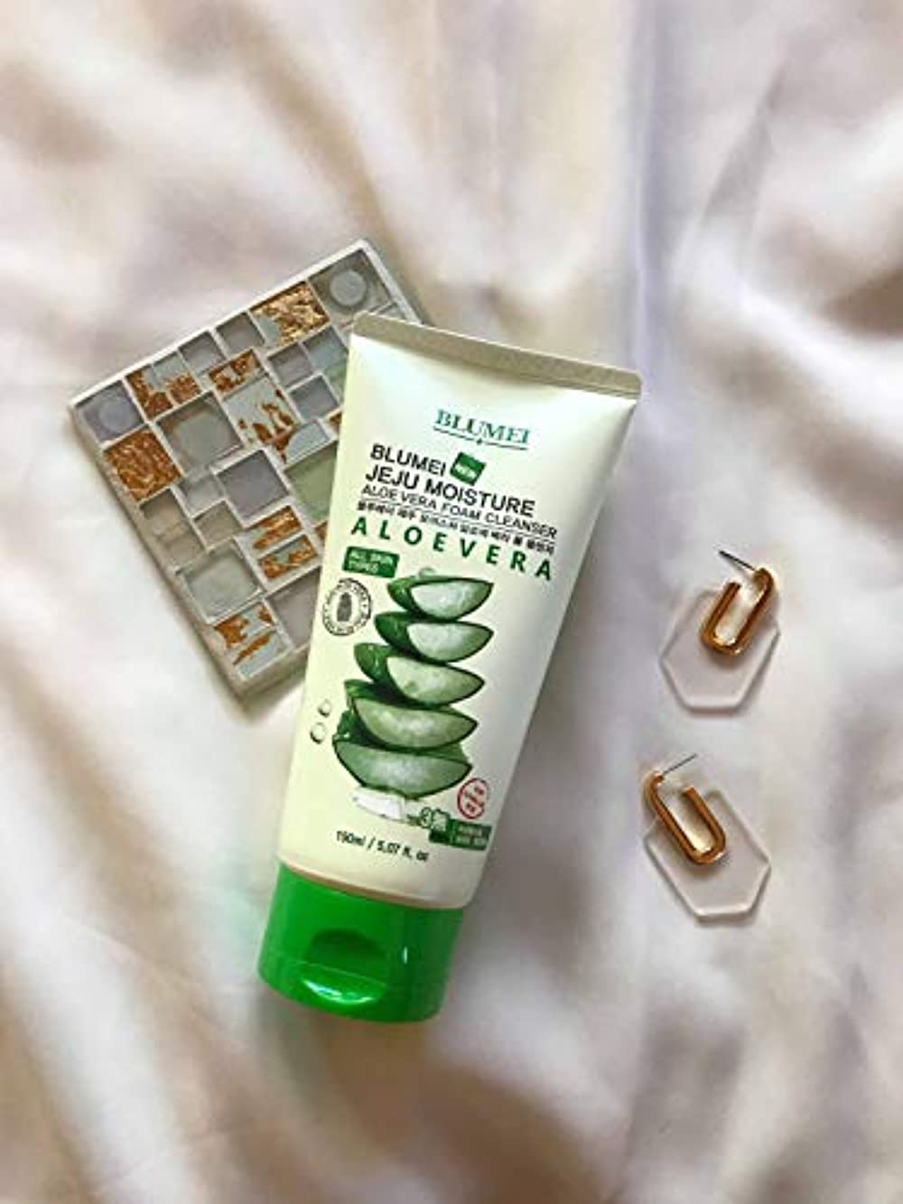 博覧会酸度環境JEJU MOISTURE ALOE VERA FORM CLEANER(ALL SKIN TYPE)