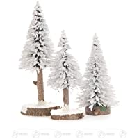 木のトウヒはおよそ 16 の cm の鉱石山の木製の木のクリスマスツリーの高さを知っています