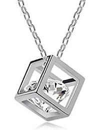 スクエアークリスタルダイヤネックレス  四角いサイコロの中にころんとダイヤペンダントGF-1207