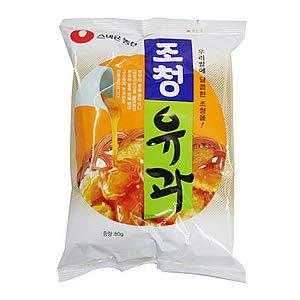 韓国を代表するお米のお菓子 サクサク感が人気の揚げスナック 蜂蜜味 農心 ジョチョンユガ 96g