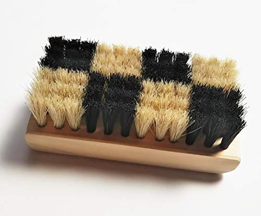 したがって富豪ピボット浅草まーぶる 弁慶 ボディブラシ 東京オリンピックエンブレムをイメージした 特殊植毛の市松模様