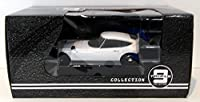 Triple 9 1/18 Scale Diecast T9-1800183 - Toyota 2000GT - White