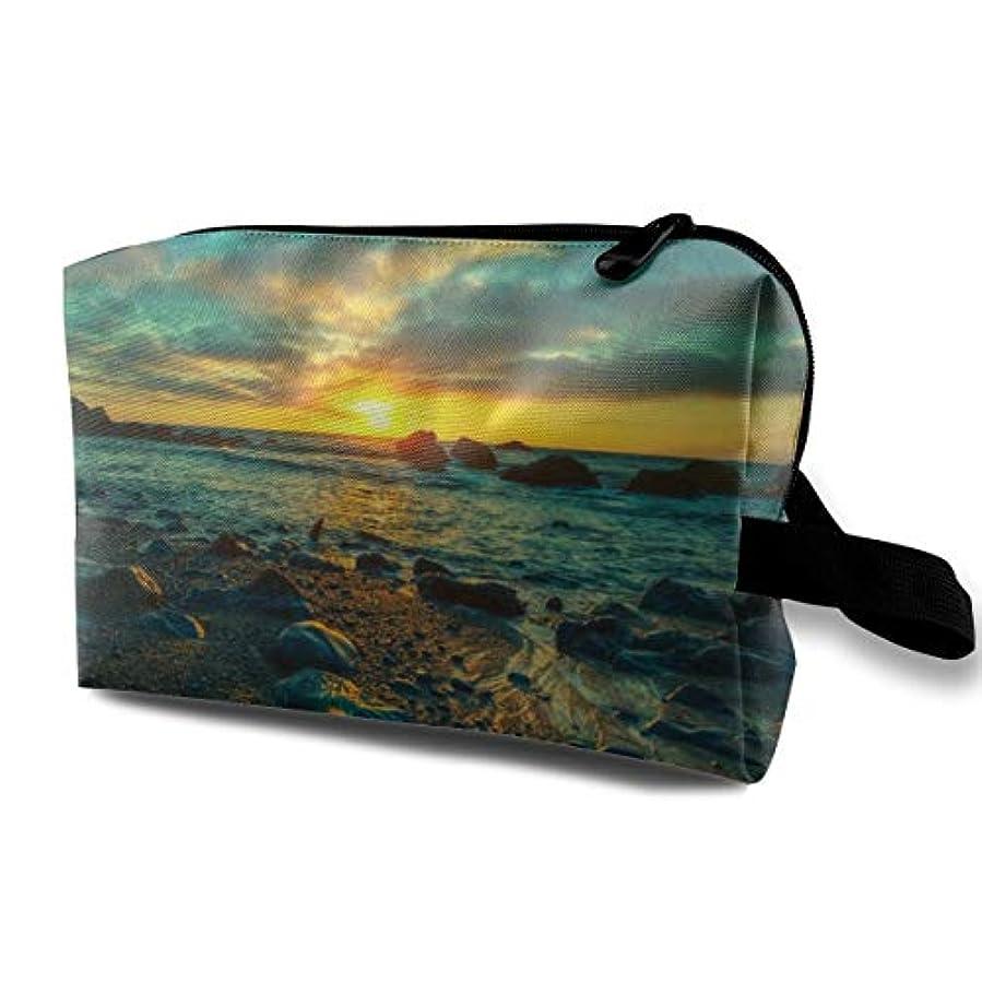 トラックどういたしまして苦味Beach Under Setting Sun 収納ポーチ 化粧ポーチ 大容量 軽量 耐久性 ハンドル付持ち運び便利。入れ 自宅・出張・旅行・アウトドア撮影などに対応。メンズ レディース トラベルグッズ