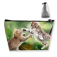かわいい猫の演奏女性の化粧バッグ多機能トイレタリーオーガナイザーバッグ、ハンドポータブルポーチトラベルウォッシュジッパー付き収納容量(台形)