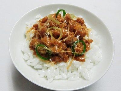 【ながお食研】 納豆かけご飯 (食品サンプル)