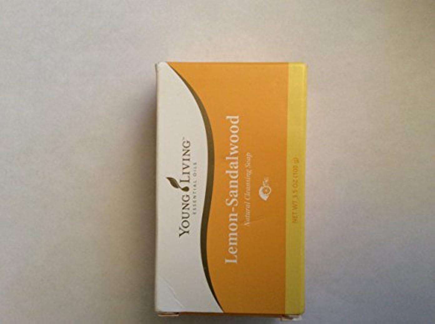 ディレイ膨らませるキャプテンブライヤングリビング Young Living レモンサンダルウッド ソープ 100g